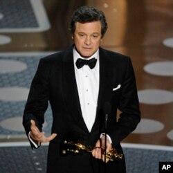 L'Oscar du meilleur acteur est allé à Colin Firth, l'interprète du roi George VI dans « Le Discours d'un roi » . (AP Photo/Mark J. Terrill)