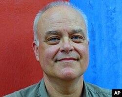 巴尔的摩大学法学教授加里特·艾布斯