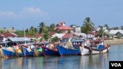 Sektor perikanan menjadi salah satu bidang investasi prioritas di Aceh hingga 2017 (VOA/Budi Nahaba).