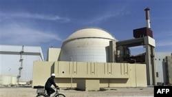 Иран готов к переговорам, но может устанавливать новые центрифуги