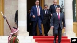 Король Иордании Абдалла (крайний справа)