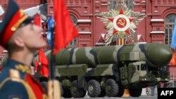 러시아의 토폴-M 대륙간탄도미사일(ICBM). (자료사진)