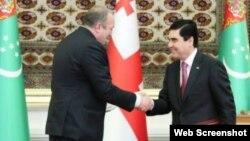 Qurbanqulu Berdıməhəmmədov və Georgi Marqvelaşvili (Foto Marqvelaşvilinin Facebook səhifəsindən götürülüb) )