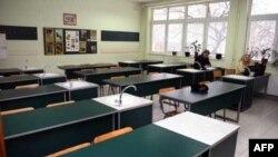 Prazne klupe u školama u Srbiji