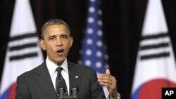 26일 한국 외국어대학교에서 연설중인 바락 오바마 미국 대통령.