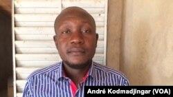 Dr Djong-Yang Dibam, juriste publiciste au Tchad, le 26 avril 2020. (VOA/André Kodmadjingar)