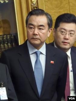 外长王毅和秦刚。(美国之音白桦拍摄)