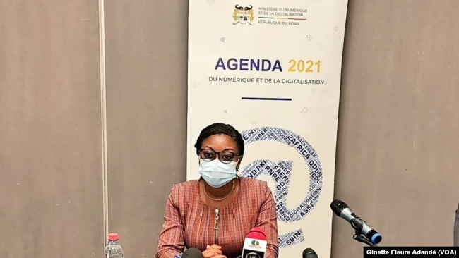Aurélie Adam Soule Zoumarou, ministre de l'économie numérique et de la digitalisation du Bénin, le 3 septembre 2021. (VOA/Ginette Fleure Adandé)  - 39C34C8E A4ED 437F 834C D75D7D12D96F w650 r1 s - Le Bénin aspire à devenir une plaque tournante de l'économie numérique