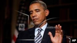 오바마 대통령이 4일 AP 통신과 인터뷰 하는 모습