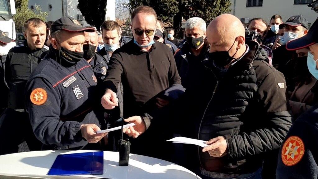 Mal i Zi: Padi ndaj autoriteteve të Tuzit për shkelje të rregullave të pandemisë