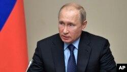El presidente de Rusia, Vladimir Putin, afirma que su país no interfirió en las elecciones presidenciales de 2016 en EE.UU.