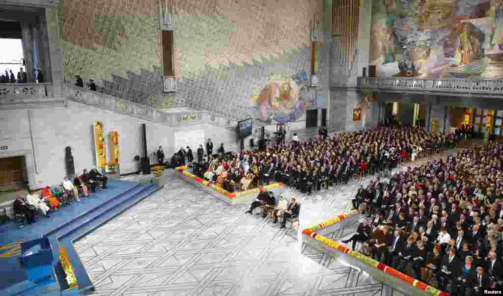Picture shows the general view of the hall during the Nobel Peace Prize awards ceremony at the City Hall in Oslo, Dec. 10, 2014.