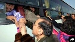 Reuni terakhir bagi keluarga Korea Utara dan Selatan dilangsungkan tanggal 25 Februari 2014 (foto: dok).