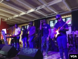 Popular Haitian Compas band Gabel performs a set at the Caribbean Marketplace in Little Haiti, Miami, Florida. (Photo: S. Lemaire / VOA)