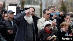 Người dân Israel chào vĩnh biệt cựu thủ tướng Ariel Sharon, khi đến viếng linh cữu ông 12/1/14
