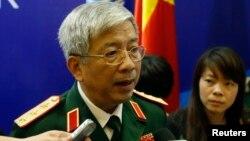 """Quan chức cấp cao của quân đội Việt Nam cũng nói rằng nhiều lĩnh vực hợp tác, trong đó bao gồm an ninh biển, """"đã có bước phát triển mới""""."""