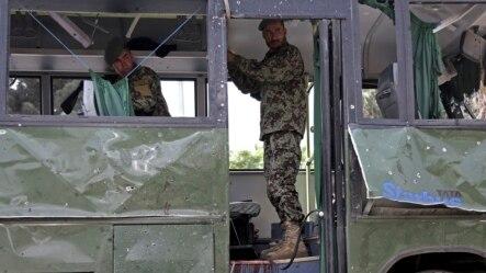 په تېرو شاوخوا دوو میاشتو کې په کابل کې د افغان پوځ پر څلورو بسونو بریدونه شوي چې لږ تر لږه اووه سرتیري په کې ووژل شول.