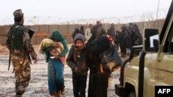 Сирийские беженцы на военной базе США в Иордании