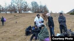 Stotine migranata zimu provode na otvorenom. Foto: BIRN BiH