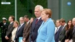 Merkel Yeniden Titreme Nöbeti Geçirdi
