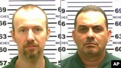 FILE - New York State Police photos show inmates David Sweat (L) and Richard Matt, who escaped from the Clinton Correctional Facility in Dannemora, New York, June 6, 2015.