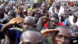 Côte d'Voire: les pro-Gbagbo lors d'une manifestation le 21 mars 2011.