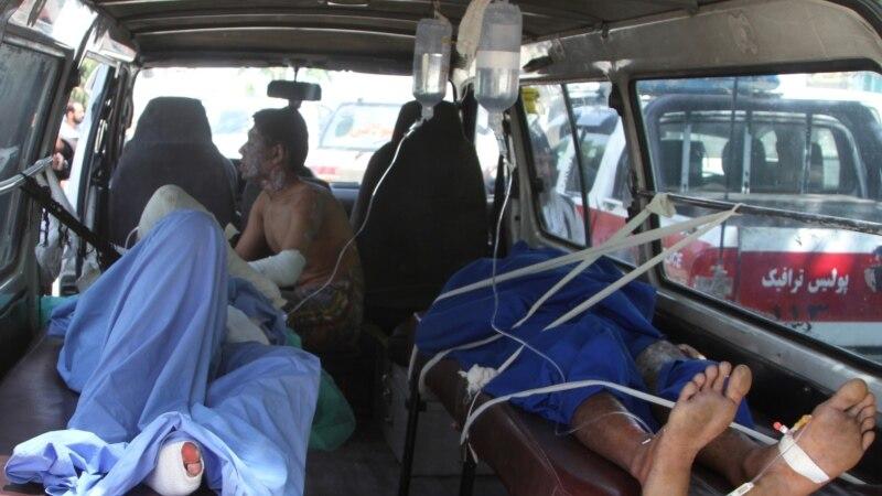 کندهار – کابل په لاره په ترافیکي پیښه کې ۳۳ مسافر وژل شوي
