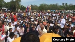 Religious ceremony with the CNRP at Angkor Wat Temple. Prayers for peace and justice, June 19, 2016. (Courtesy photo: CNRP)