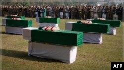 Pakistanda NATO-nun öldürdüyü əsgərlər dəfn olundu