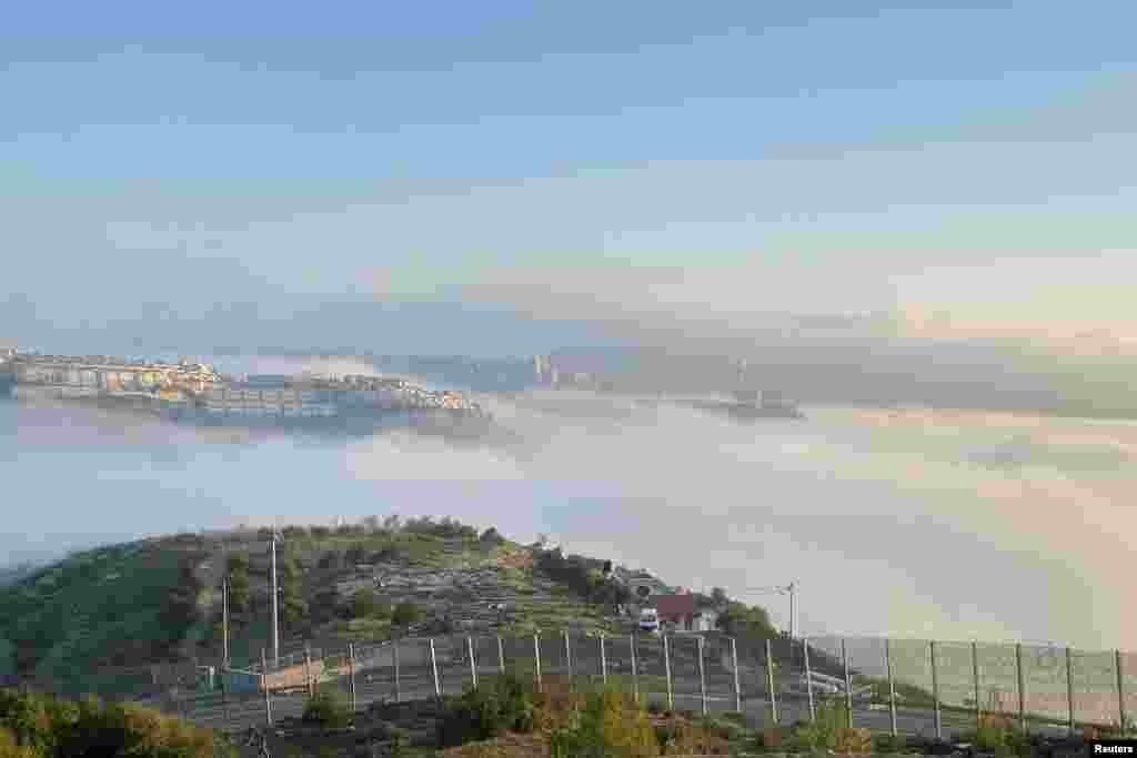 عکسی از فراز ابرها در شهر اورشلیم.