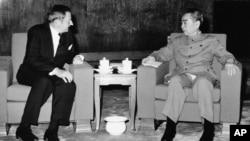 1973年6月,大衛·洛克菲勒在北京會見中國總理周恩來。