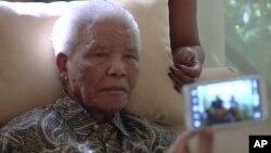 Nelson Mandela dirawat di rumah sakit di Johannesburg akibat infeksi paru-paru (foto: dok).
