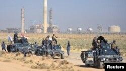 از یکشنبه نیروهای عراقی به سمت کرکوک که بعد از حمله داعش توسط کردها آزاد شده بود، پیشروی کردند.