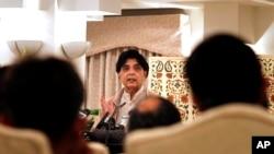 រដ្ឋមន្រ្តីក្រសួងមហាផ្ទៃនៃប្រទេសប៉ាគីស្ថាន Chaudhry Nisar Ali Khan និយាយក្នុងសន្និសីទកាសែត Islamabadកាលពីថ្ងៃទី ០៦ ធ្នូ ២០១៥៕