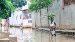 Chuvas deixam dezenas ao relento no Uíge – 1:49