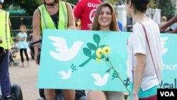 گردهمایی ایرانیان مقیم واشنگتن و حومه در مقابل کاخ سفید در حمایت از توافق اتمی