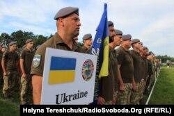Українські військовослужбовці під час відкриття Rapid Trident-2019