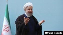 حسن روحانی در جمع «کارآفرینان و صادرکنندگان کالا» سخنرانی کرد.