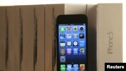 No hay un proyecto para producir teléfonos de bajo costo en Apple.