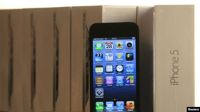 El dispositivo iPhone 5 logrará ventas récord al final del 2012.