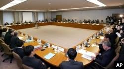 지난 2006년 일본 도쿄에서 열렸던 제17차 동아시아협력대화. 북한을 비롯한 북 핵 6자회담 당사국 대표들이 모두 참석해 안보 문제 등을 논의했다.