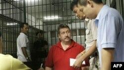 Виктор Бут в тюрьме в Бангкоке. Таиланд. 8 марта 2008 года