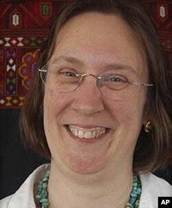 Bà Linda Hartke, Chủ tịch và Giám đốc Điều hành của LIRS