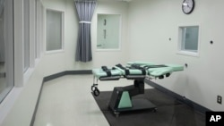 The death chamber of the new lethal injection facility at San Quentin State Prison in San Quentin, Calif., Sept. 21, 2010.