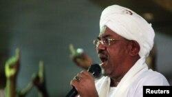 Kebijakan Presiden Sudan Omar al-Bashir untuk memangkas subsidi BBM mendapat tentangan dari rakyat Sudan (foto: dok).