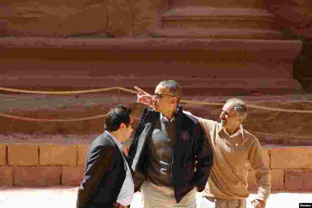 صدر اوباما کا اُردن میں قدیم شہر بترا کا دورہ