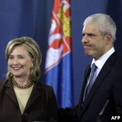 Klinton: Srbija može da bude lider