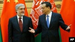 افغانستان از چین میخواهد که با استفاده از نفوذش بر پاکستان، اسلام آباد را وادار به ترک حمایت طالبان کند