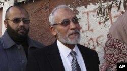 Un mandat d'arrêt a été lancé contre Mohammed Badie,guide suprême des Frères musulmans