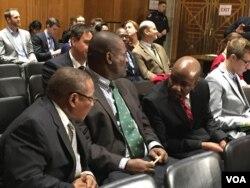Abakade besemhlanganweni oqoqwe yikhomithi ezibizwa ngokuthi yiSubcommittee on Africa and Global Health Policy owenzelwe eWashington DC obuhlolisisa okwenzakala eZimbabwe.